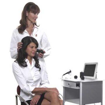 Analisi pelle e capelli con microcamera.